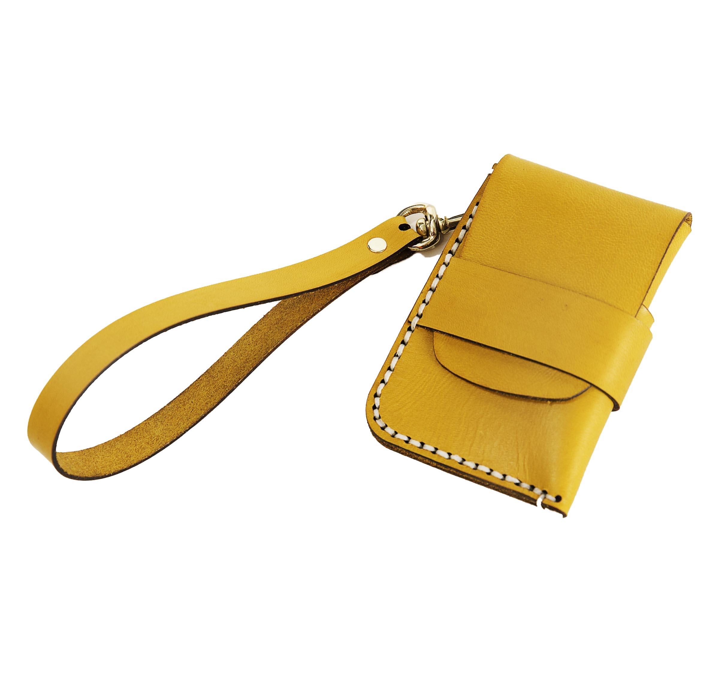 Clutchbar Leather Wallet 2.jpg