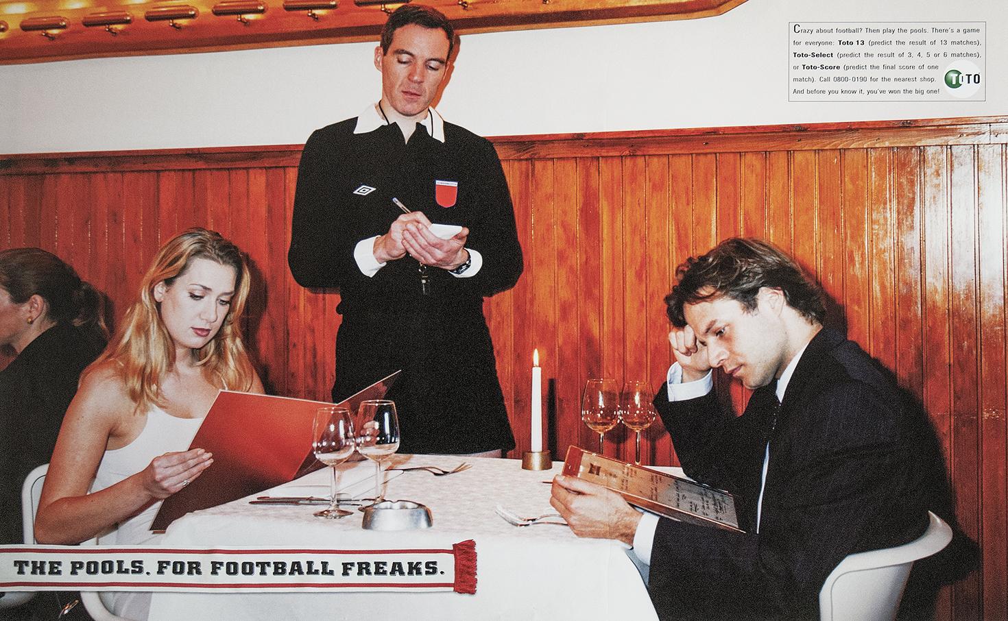 DeToto_voetbalgek_diner_engels_klein.jpg