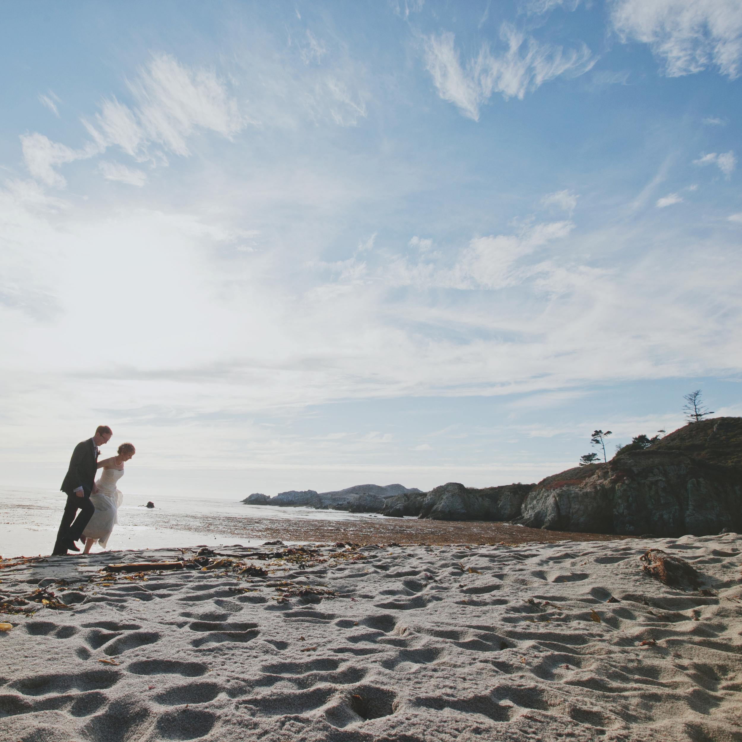 MONTEREY CALIFORNIA BEACH WEDDING