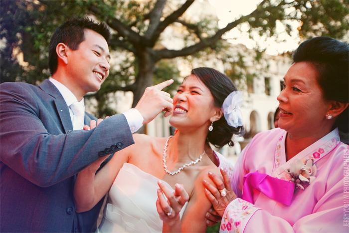 Pasadena_City_Hall_Wedding_Yellow_Gray_Colors-56.JPG