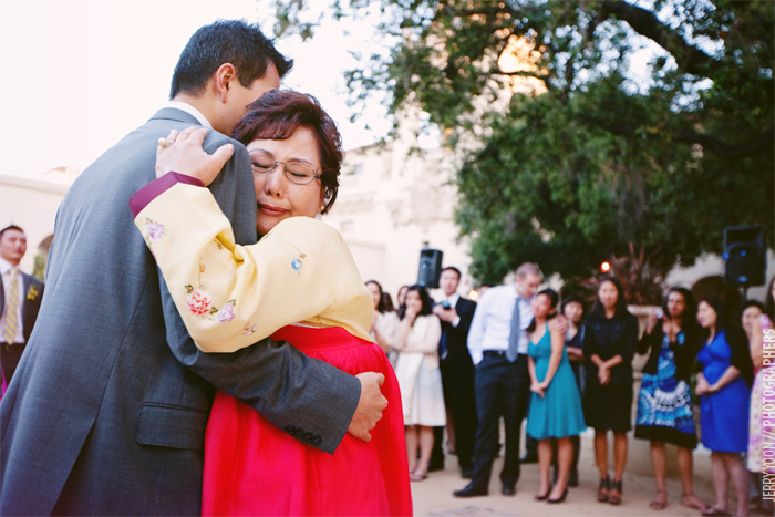 Pasadena_City_Hall_Wedding_Yellow_Gray_Colors-61.JPG