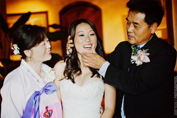 V_Sattui_Winery_Napa_Valley_Wedding-16.JPG