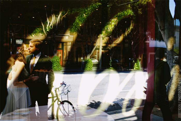 City_Hall_San_Francisco_Wedding_Absinthe_Restaurant-20.JPG