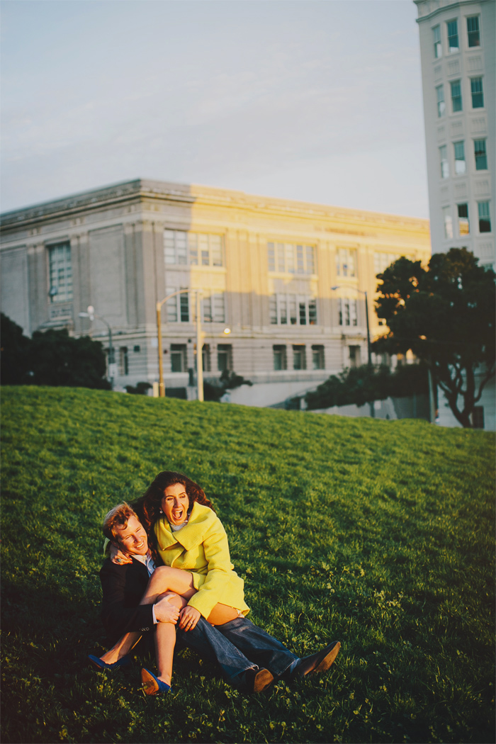 Mission_Mural_Balloon_Engagement_Photography-16.JPG