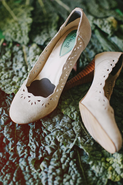 DIY_Wedding_Paper_Flowers_Wedding_Decoration_Details-02.JPG