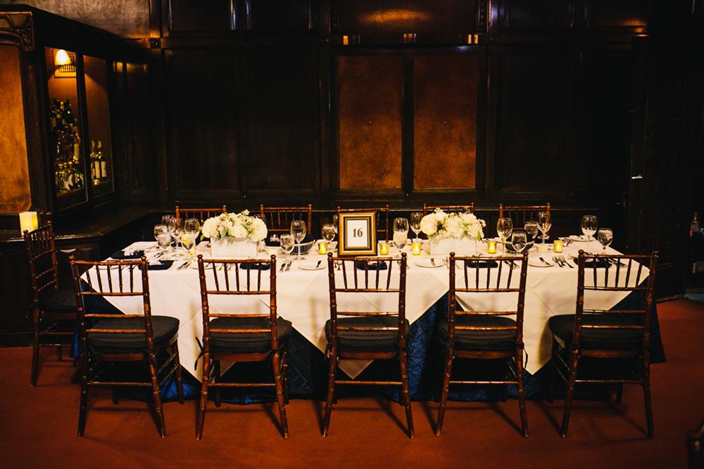 Gold_Glam_Wedding_Cicada_Restaurant-08.jpg
