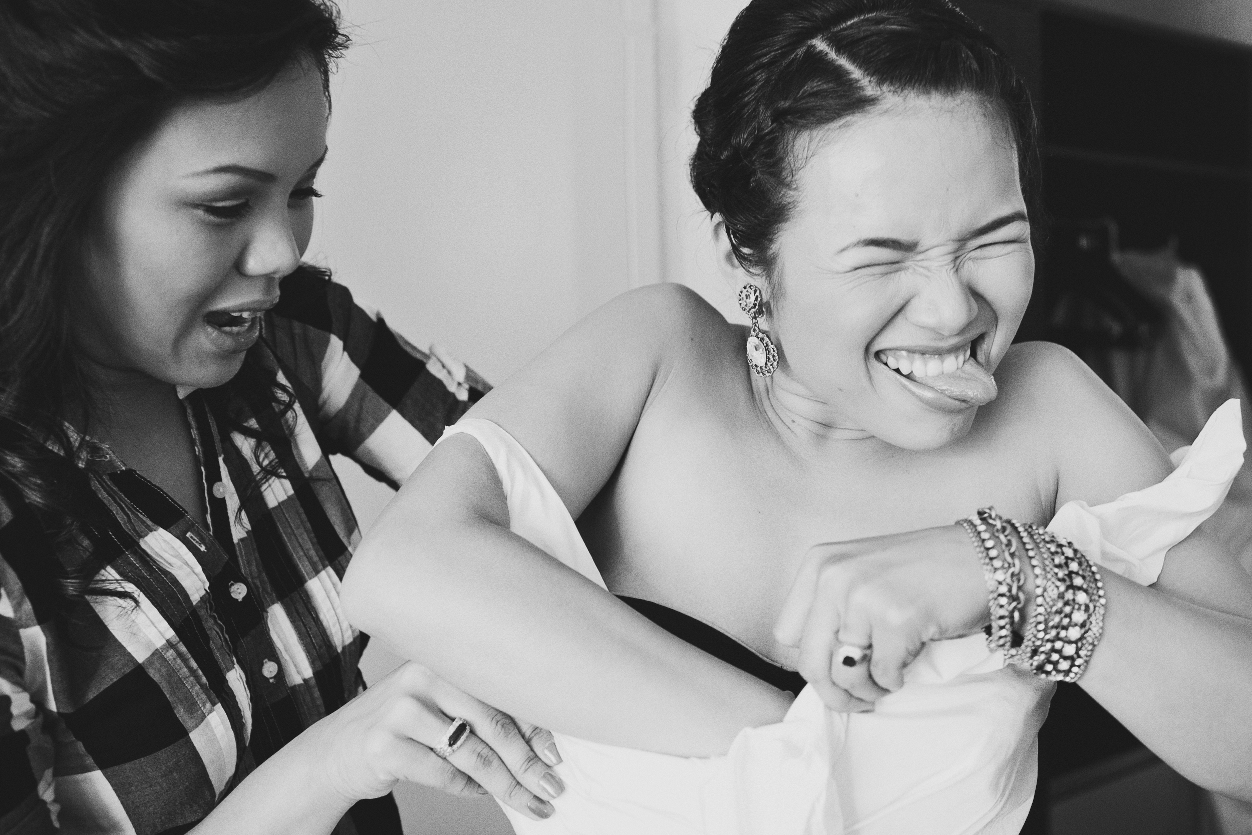 Bride-getting-ready-moment.jpg