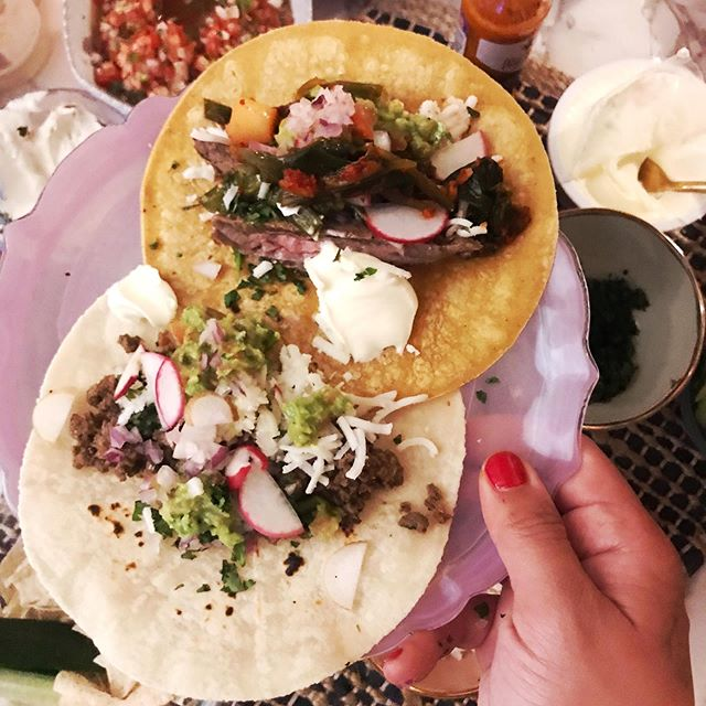 The most delicioussss tacos 🌮😛@modistyle made for my ~*diEtArY rEsTriCtioNs*~ 🌱Gluten-free, dairy-free, low-carb, soy free and all made with super fresh ingredients from @unsqgreenmarket! 💕 Substituted my favorite thing ever (sour cream 😢) for @kitehillfoods Greek style almond milk yogurt (3rd pic) and it was divine. The mozzarella strands are actually almond milk mozzarella from @traderjoes!! 🧀 I also love @sietefoods almond flour tortillas. 🙌🏻The corn ones are from @tastemirancho and they're organic and gluten-free, too! Eating with such strict guidelines can be annoying, but I love to view it as an opportunity to be creative in the kitchen and I always keep in mind that I'm doing what's best for my health and body- without sacrificing flavahhh 😘 💋 #donnadetox #cleaneats #keto #lowcarb #taconight #sietefoods #kitehill #dairyfree #soyfree #farmersmarket #nyc #nycfood #glutenfree #glutenfreelife #glutenfreerecipes #glutenfreemeals