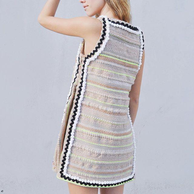 The Francisca Dress 👌🏻#graduationdress #christinekopper #fibers #textiledesign #textiles #handmade #pompoms #ihavethisthingwithpompoms #handmadedress #creativefashion #handmadegarment #ricrac