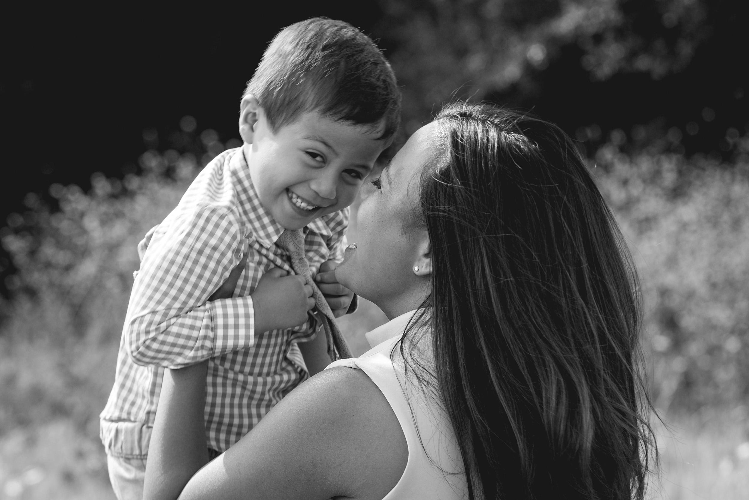 Fernando Family Portraits - 0719 - 20170416 - Scott Madrigal Photography.jpg