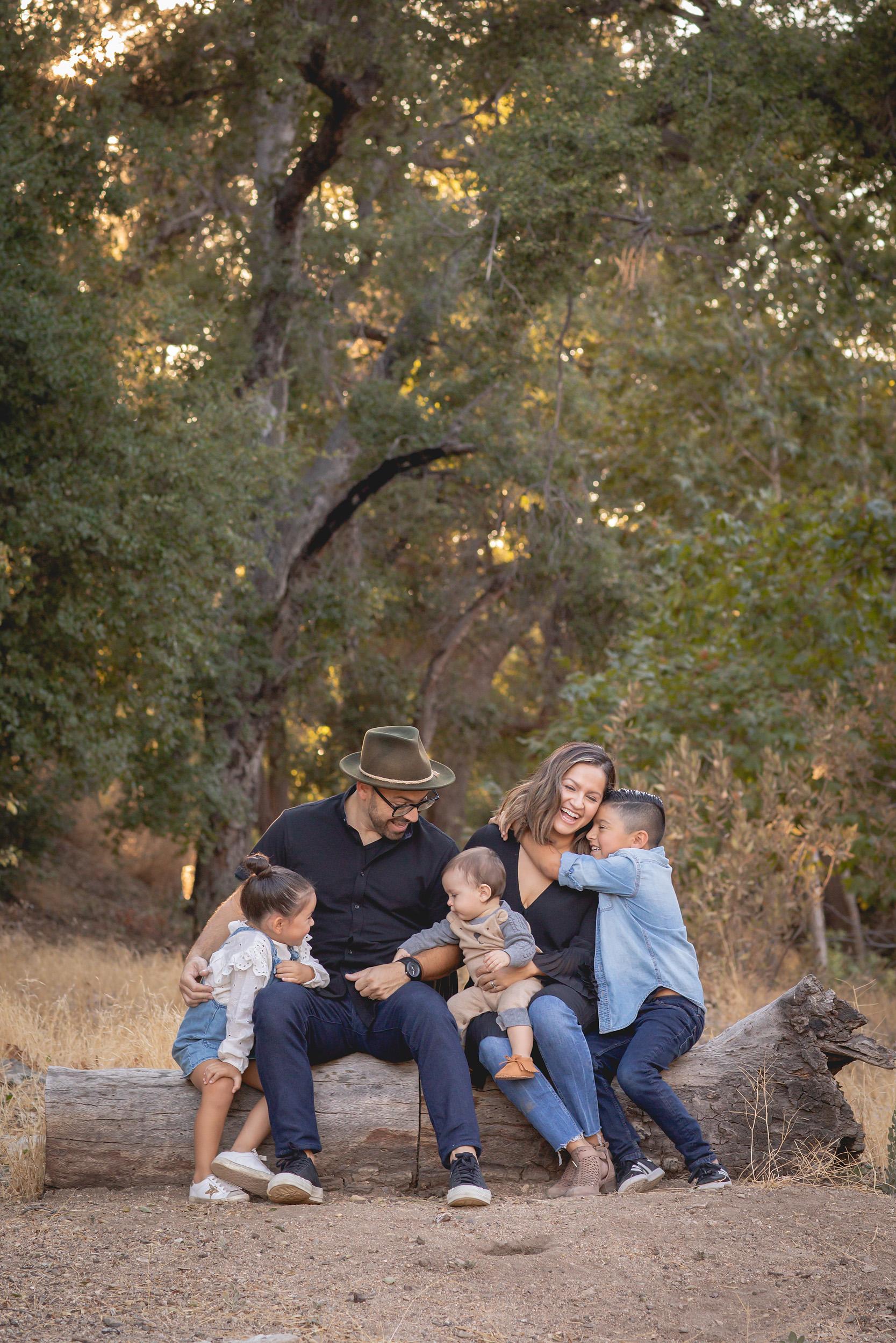 Castellon Family - 1549 - 955 - 20180915 - Scott Madrigal Photography.jpg
