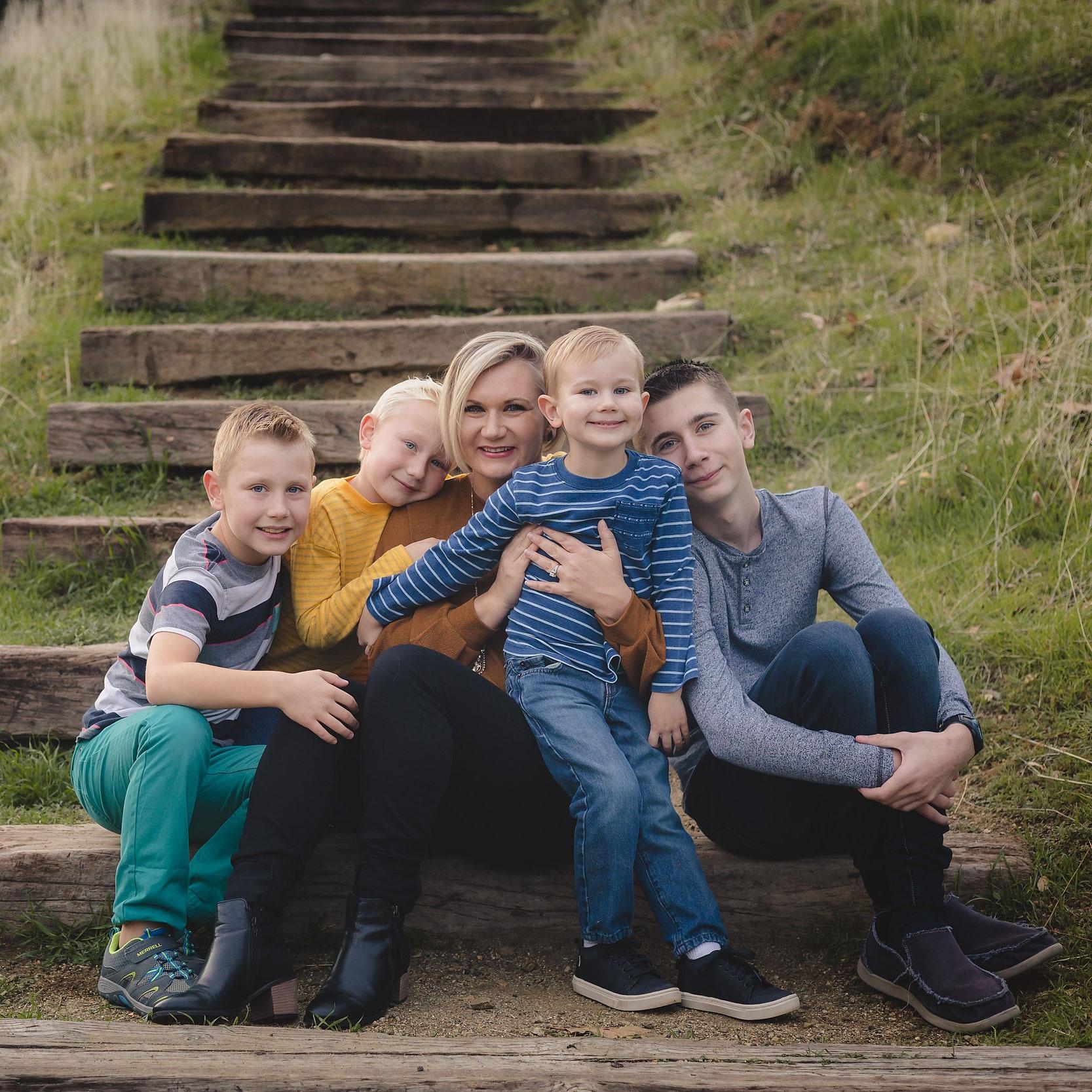 Santa-Clarita-Family-Photographer---Scott-Madrigal-Photography---0003.jpg