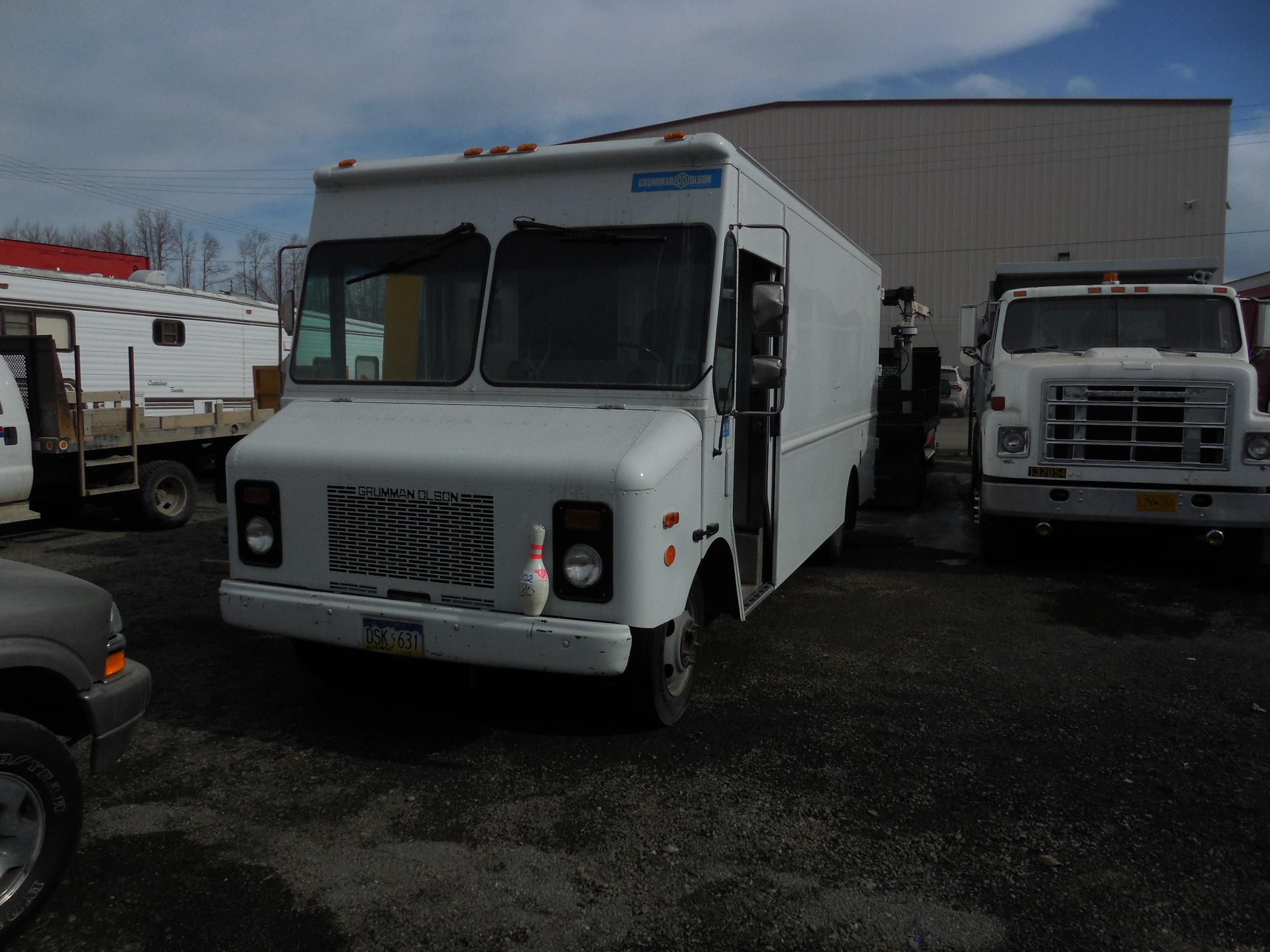 1999 Grumman Olson Route Star Van