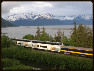 400.300.ro.sce.we.cars.turnagain[1].jpg