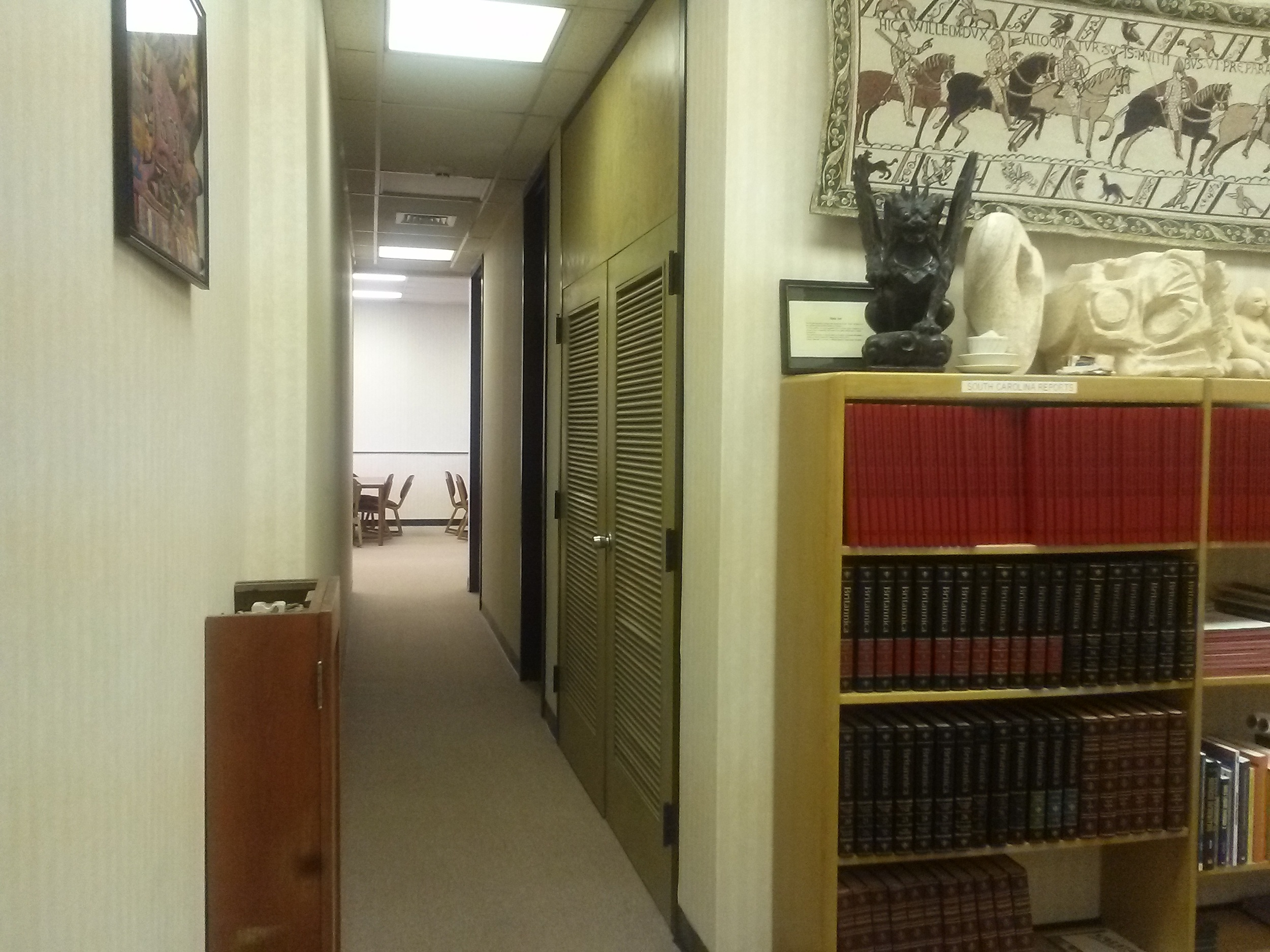 Did you know that there is a hallway that connects the offices downstairs in the library to the study tables on the right side of the entrance?