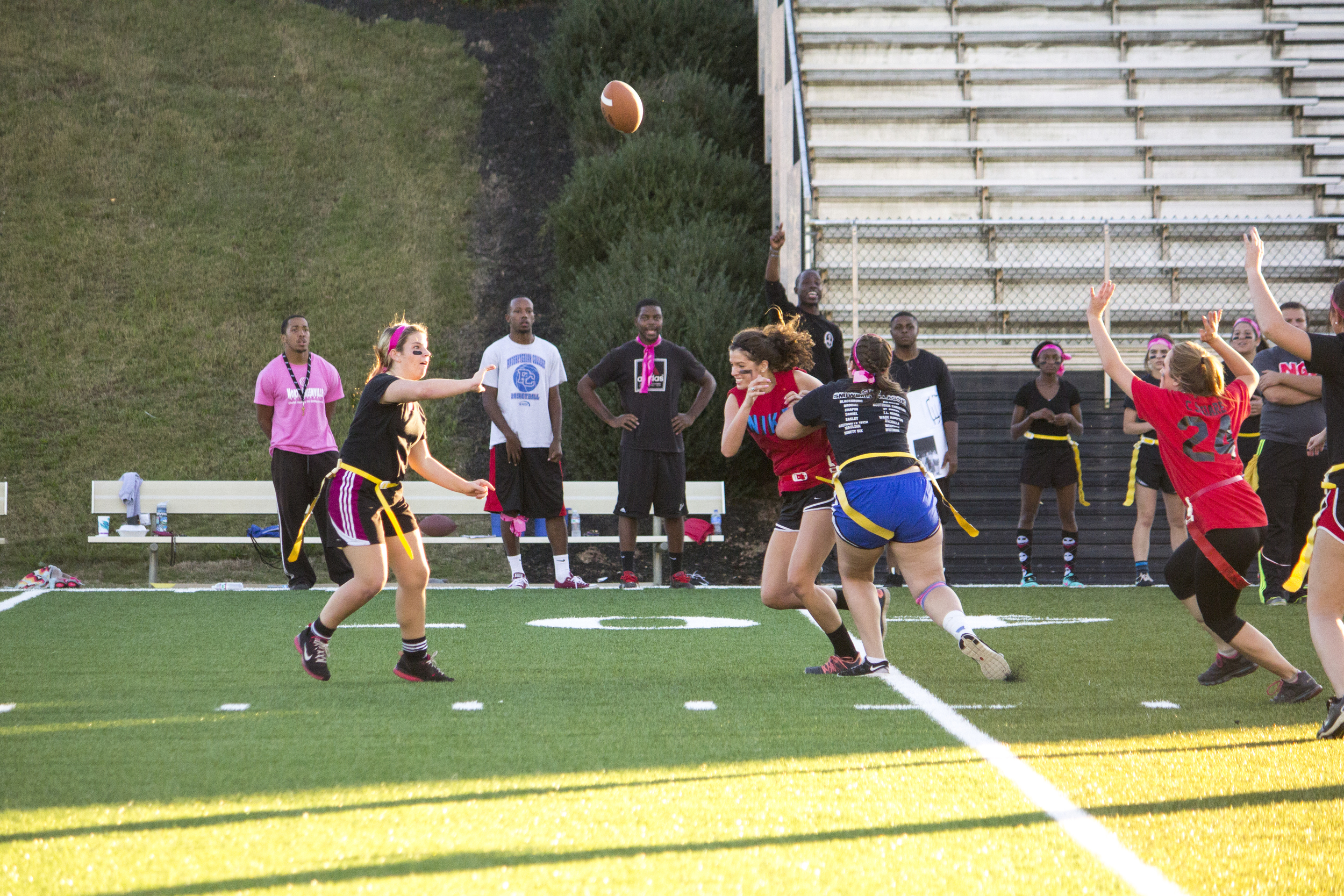 Junior Alexander Cloer throws the ball downfield to one of her teammates.