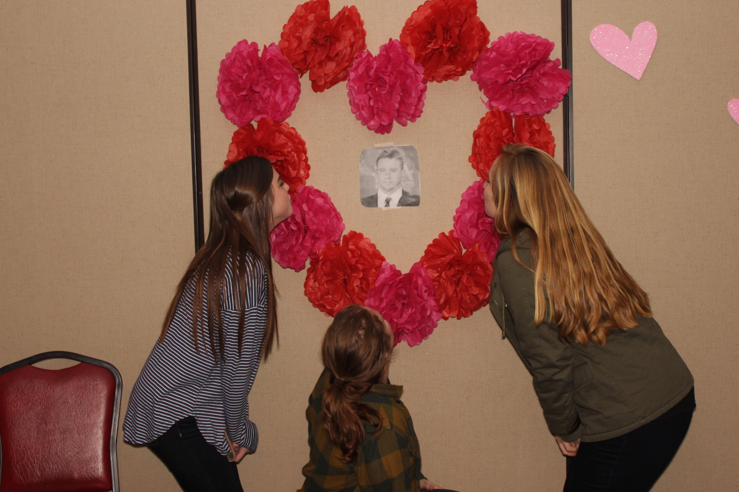 Junior Mary Margaret Shelley and sophomores Allysa Yeater and Sarah Byrd enjoyi the scenery at the Galentines event.