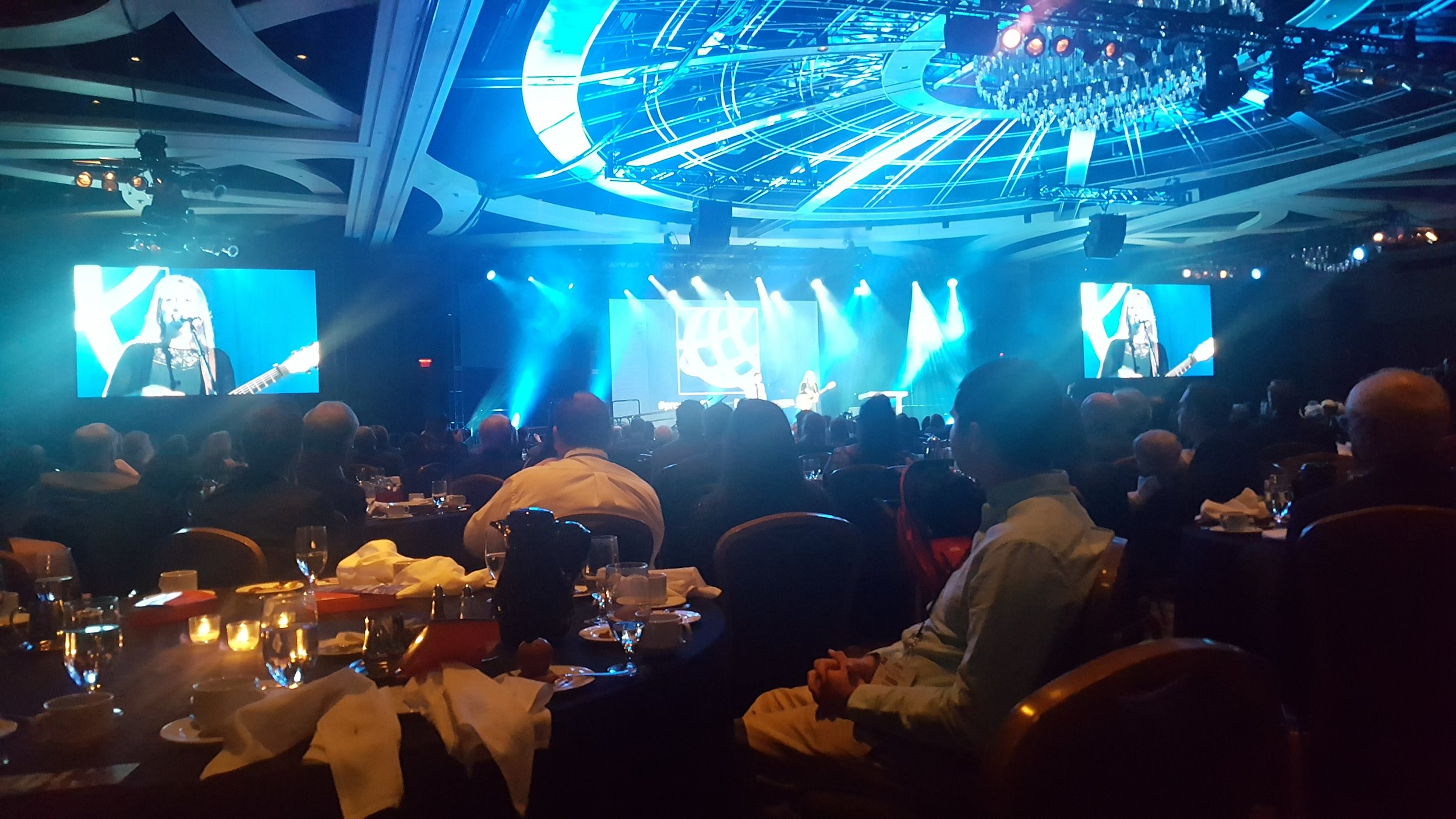 Closing Gala Dinner at the end of the week with speakers, awards and worship.