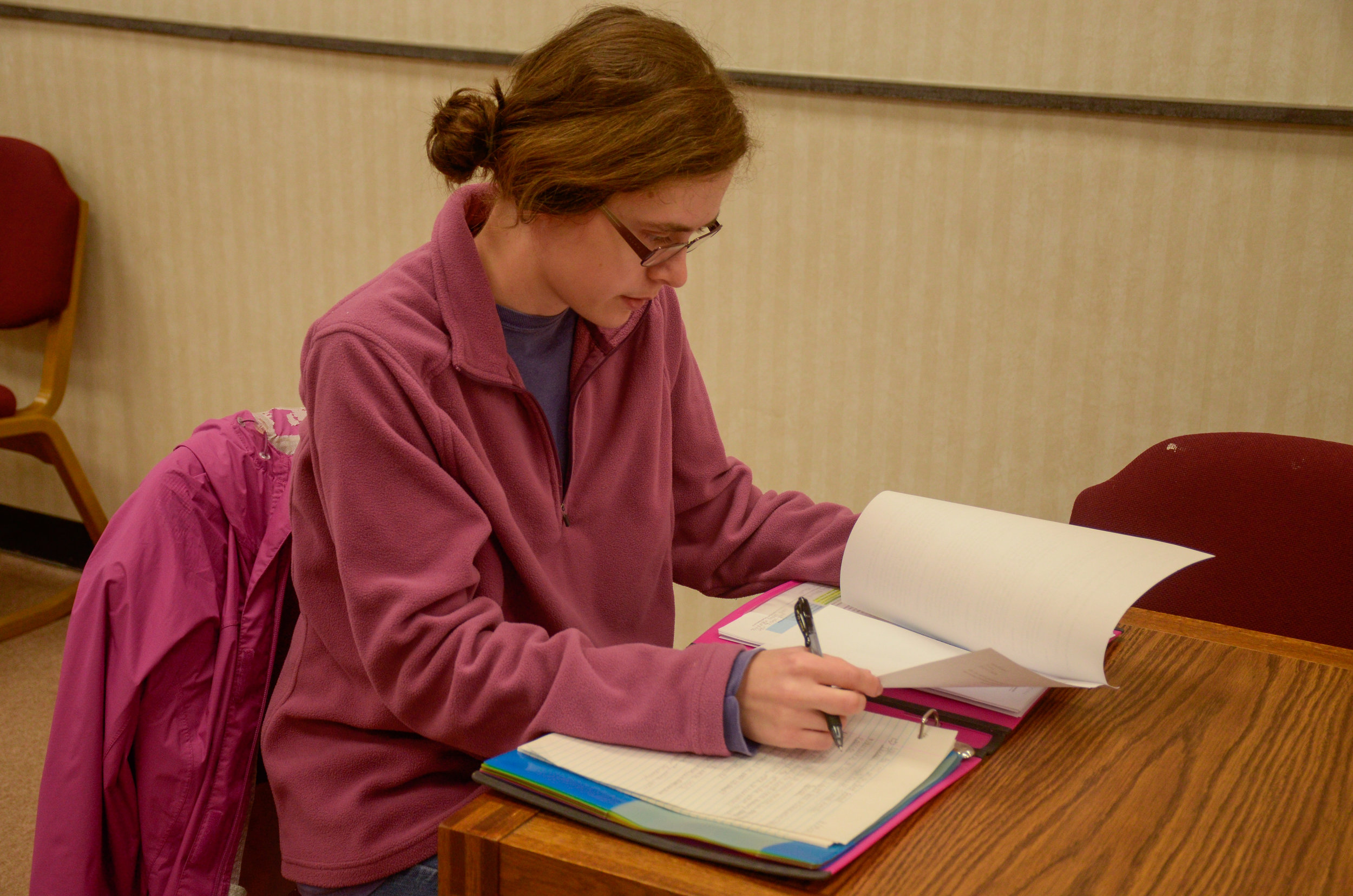 Junior Emily Powers kicks off the semester by practicing good habits like spending her time studying in the library to prepare for an upcoming test.