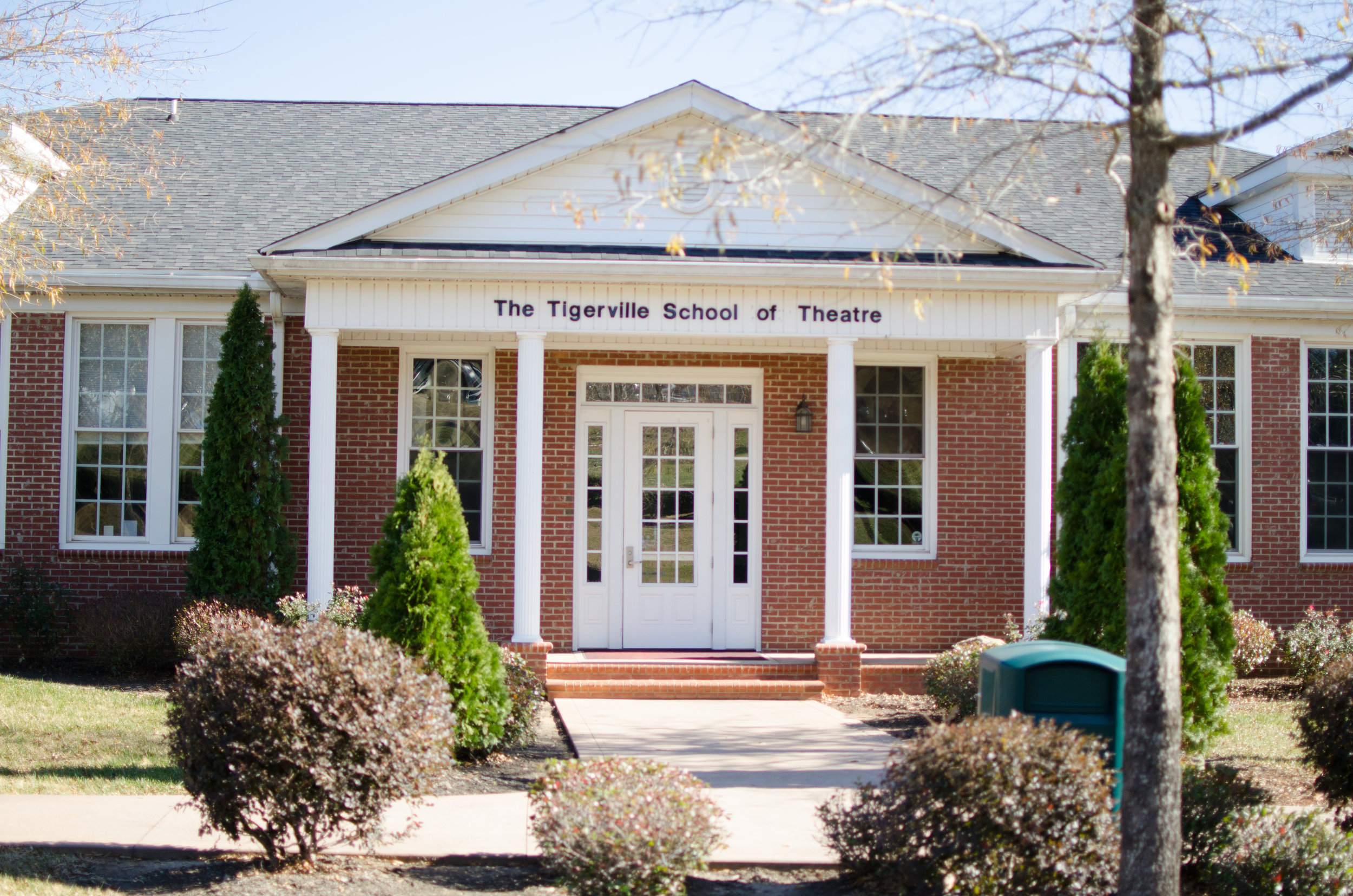 The school of theater and the box office are located in the same building. Just two buildings from the left of Einstein's, students will be able to purchase cultural event tickets and attend theater classes. You can find this building from the Hayes Ministry entrance by turning left at the four-way stop and it's the third building on the right.