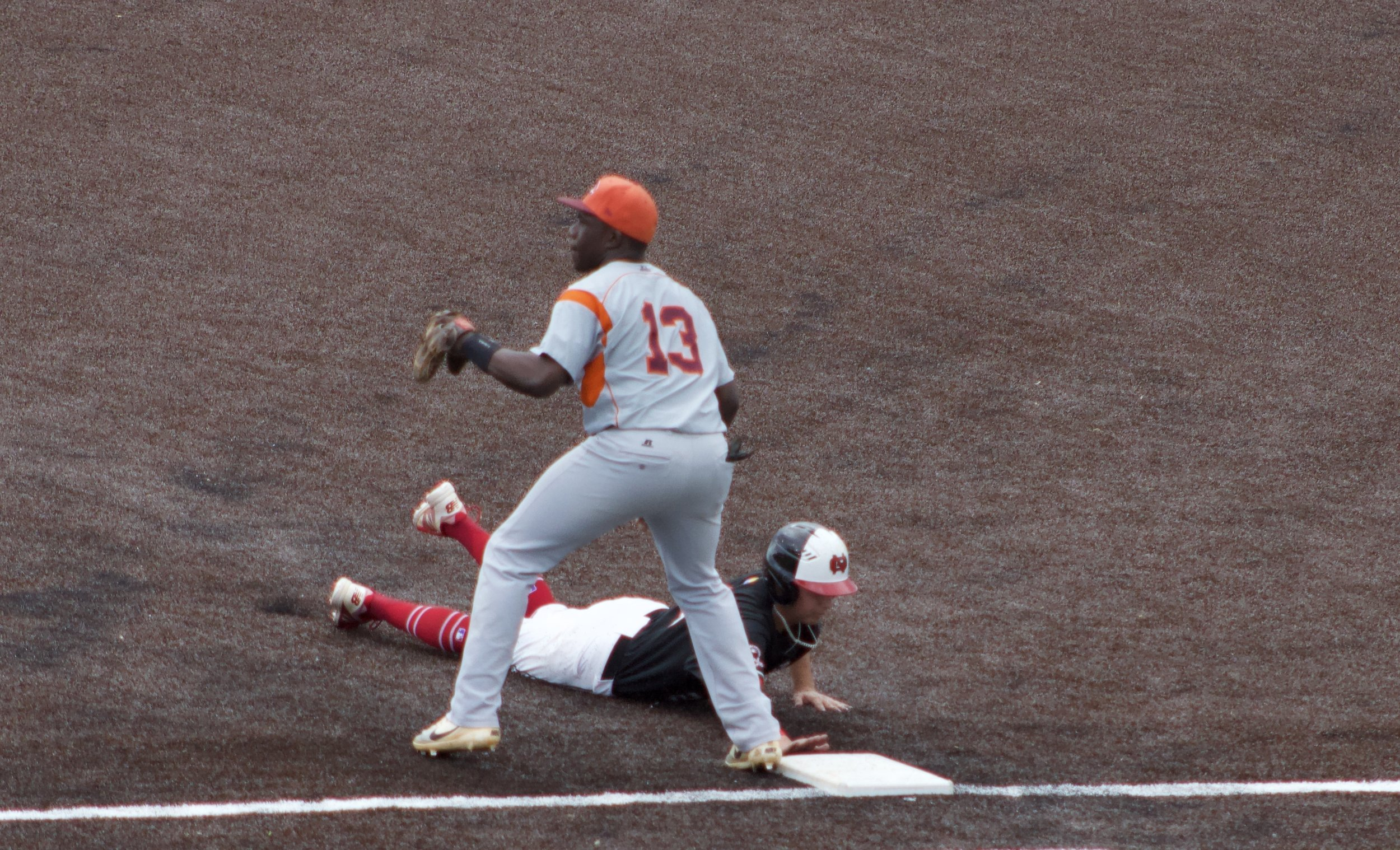 Utah Jones coming back safe after attempting to steal second base.