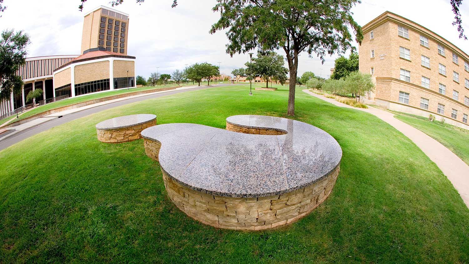 Grygutis_Universal-Signs_Lubbock-Texas_00.jpg