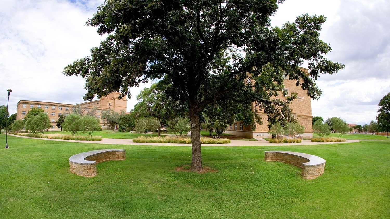 Grygutis_Universal-Signs_Lubbock-Texas_004.jpg