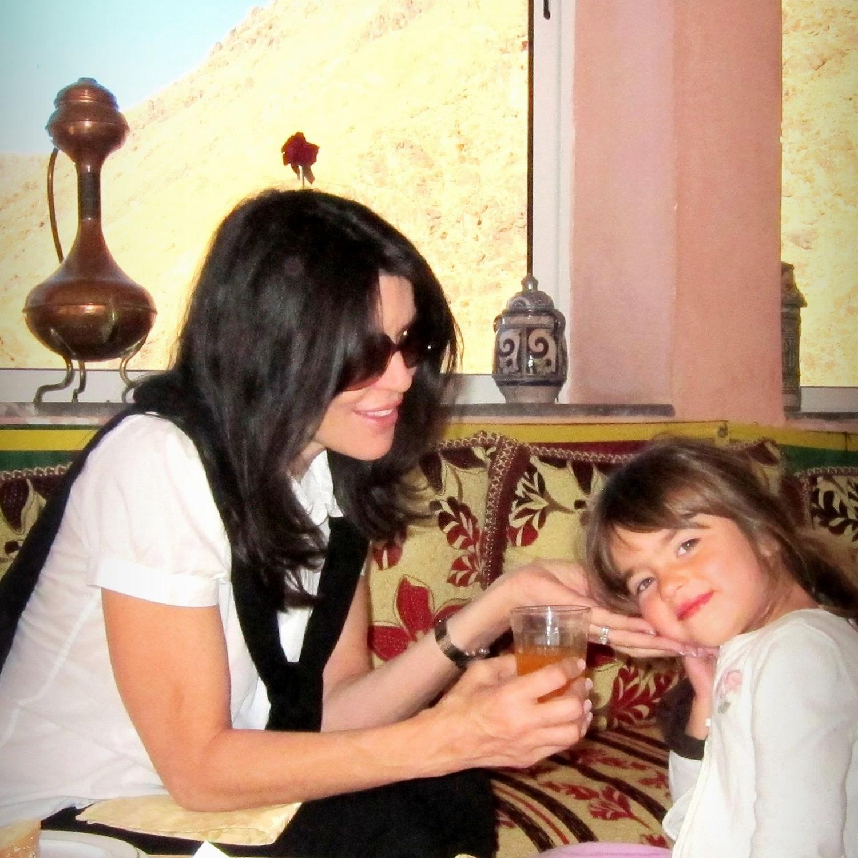 Alina de Albergaria and daughter