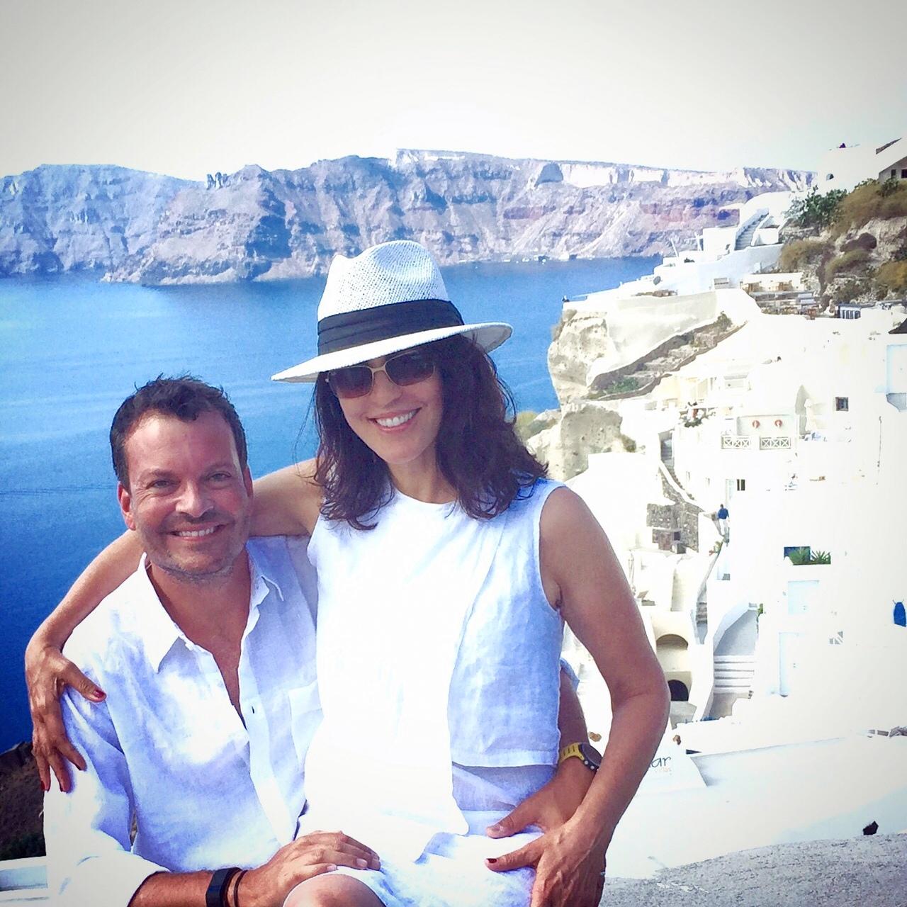 Alina and Bernardo in Santorini