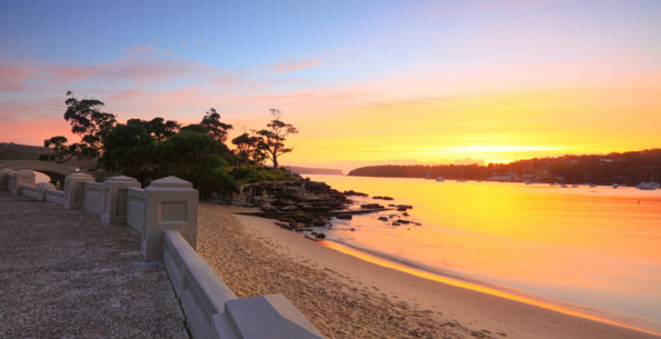 You are spoilt for choices when it comes to post-card material, romantic beaches in Sydney.