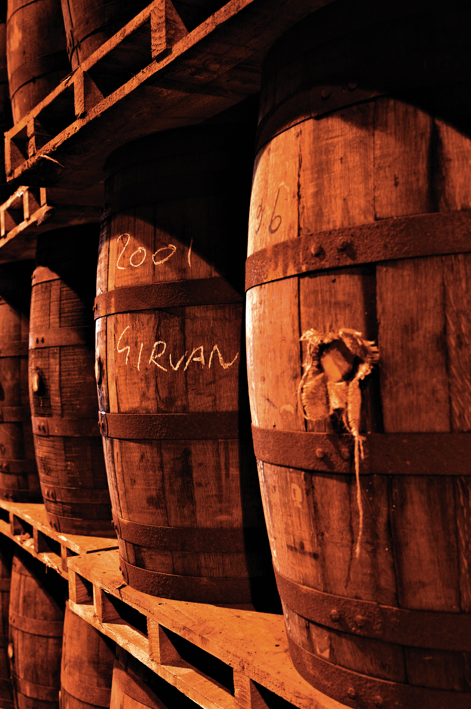3880_hi_grants_distillery_maturation_casks_2_lo_res_jpeg.jpg