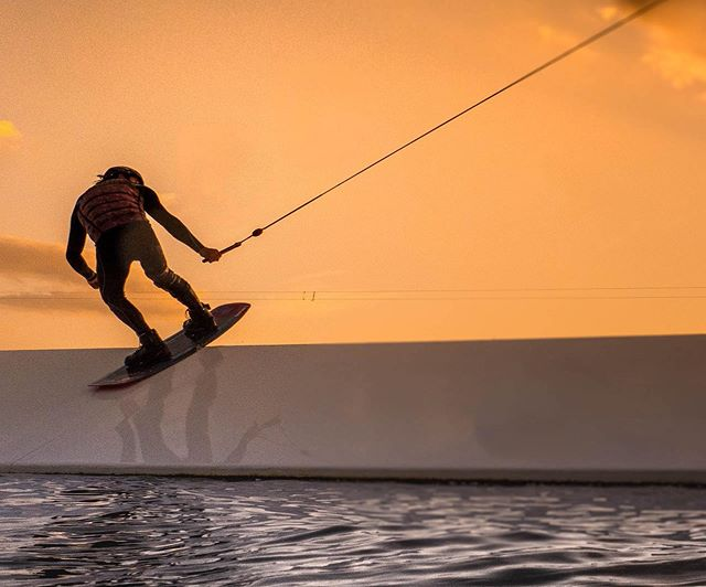 Sunset sessions at the lake trying out the #gh5 waterproof housing. #wakeboarding #wakeboard #cable #cablewakeboarding #sunset #agameoftones #artofvisuals  @expansevisualsco