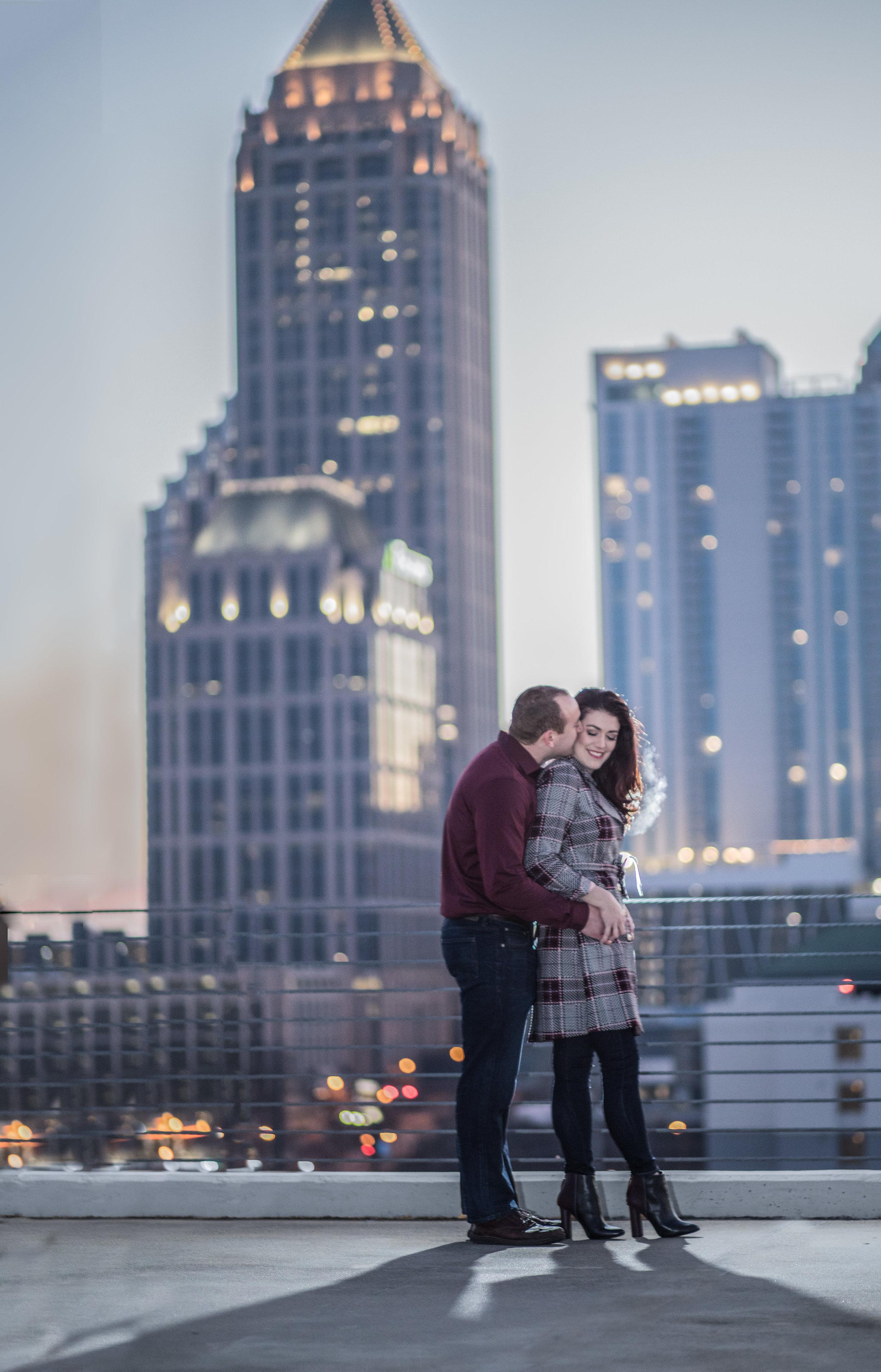 Atlanta wedding photographers capture the Atlanta Skyline