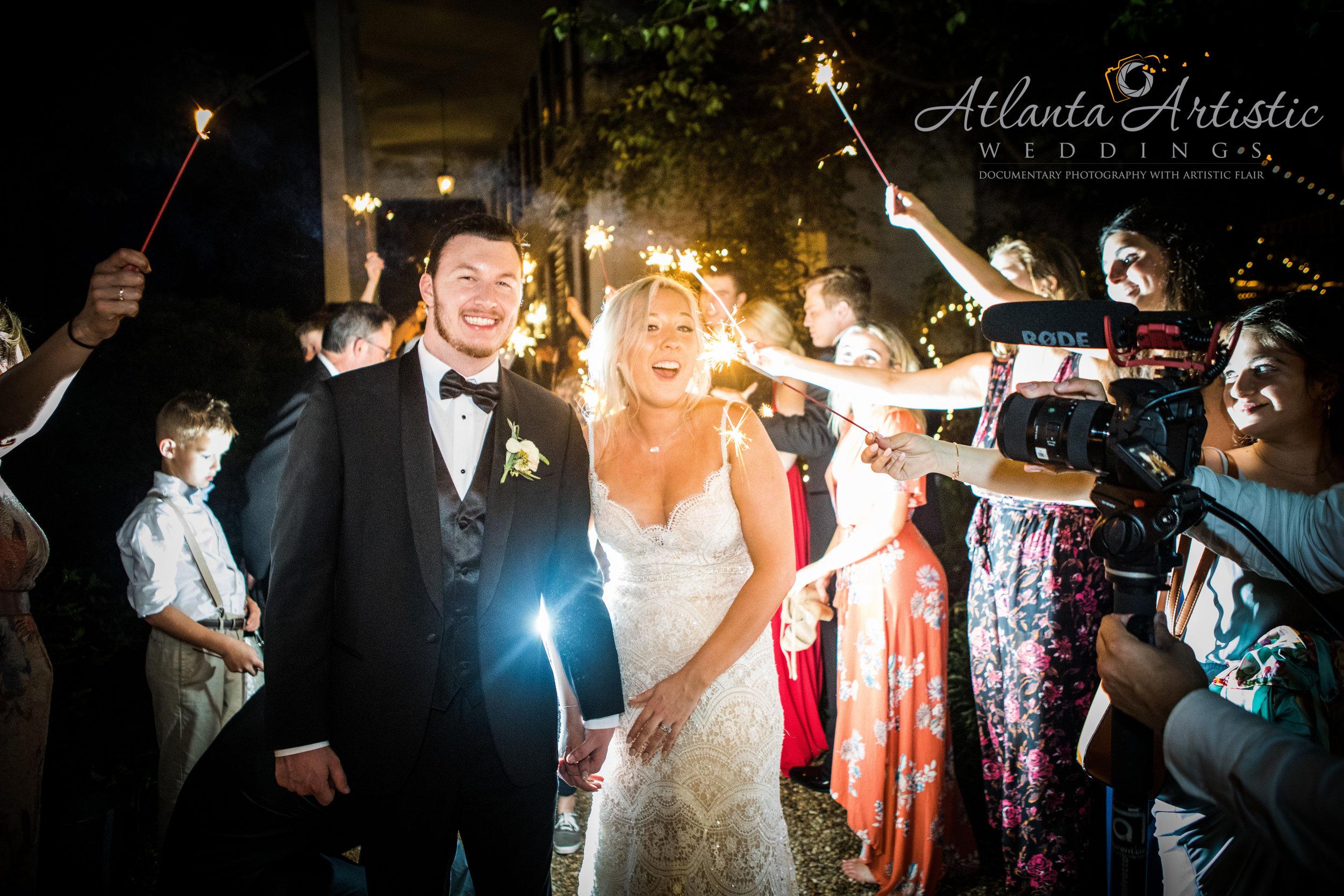 Photography by the Atlanta Wedding Photographers at www.AtlantaArtisticWeddings.com