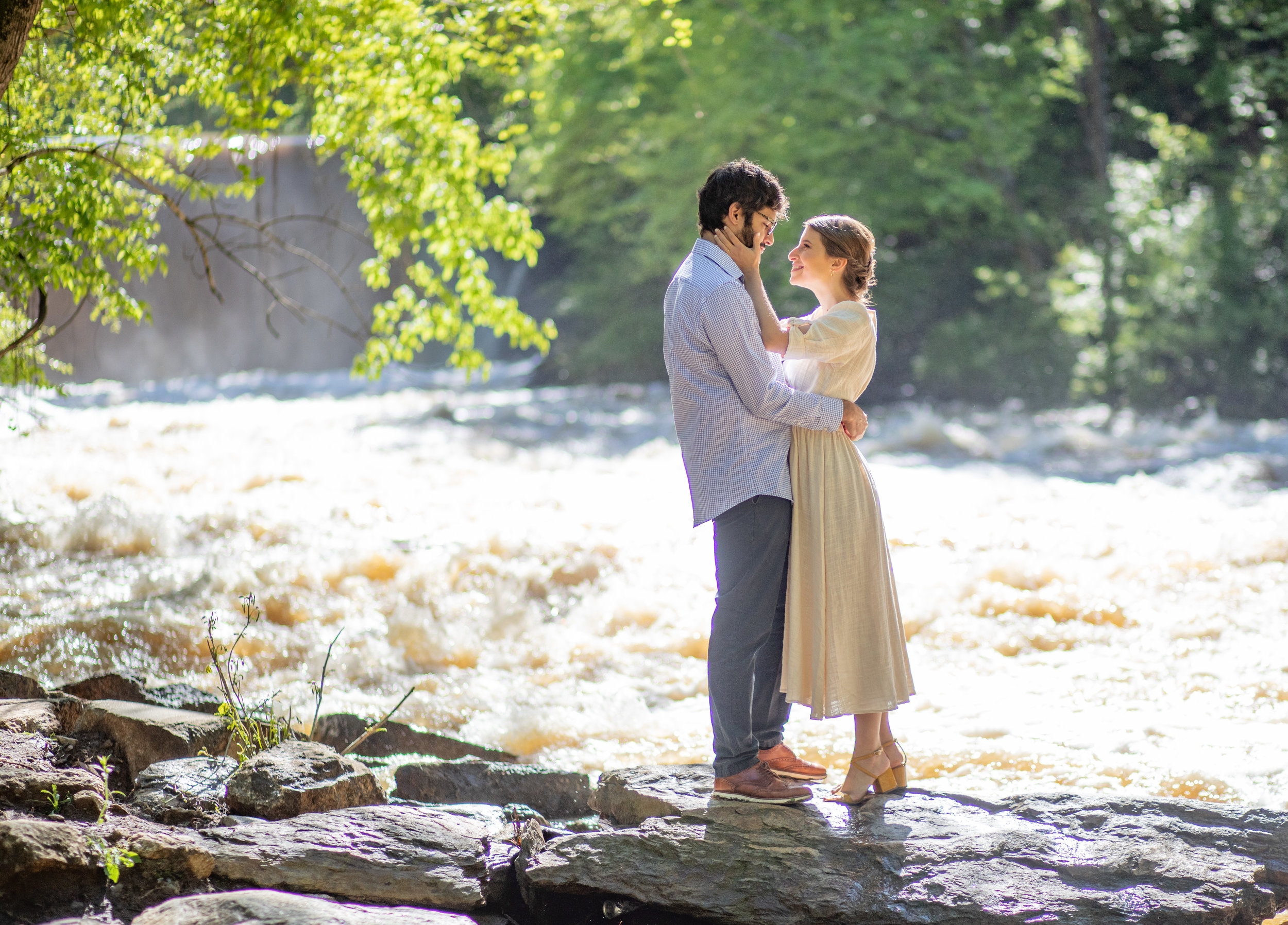 Engagement Photos by the Atlanta Wedding Photographers at AtlantaArtisticWeddings