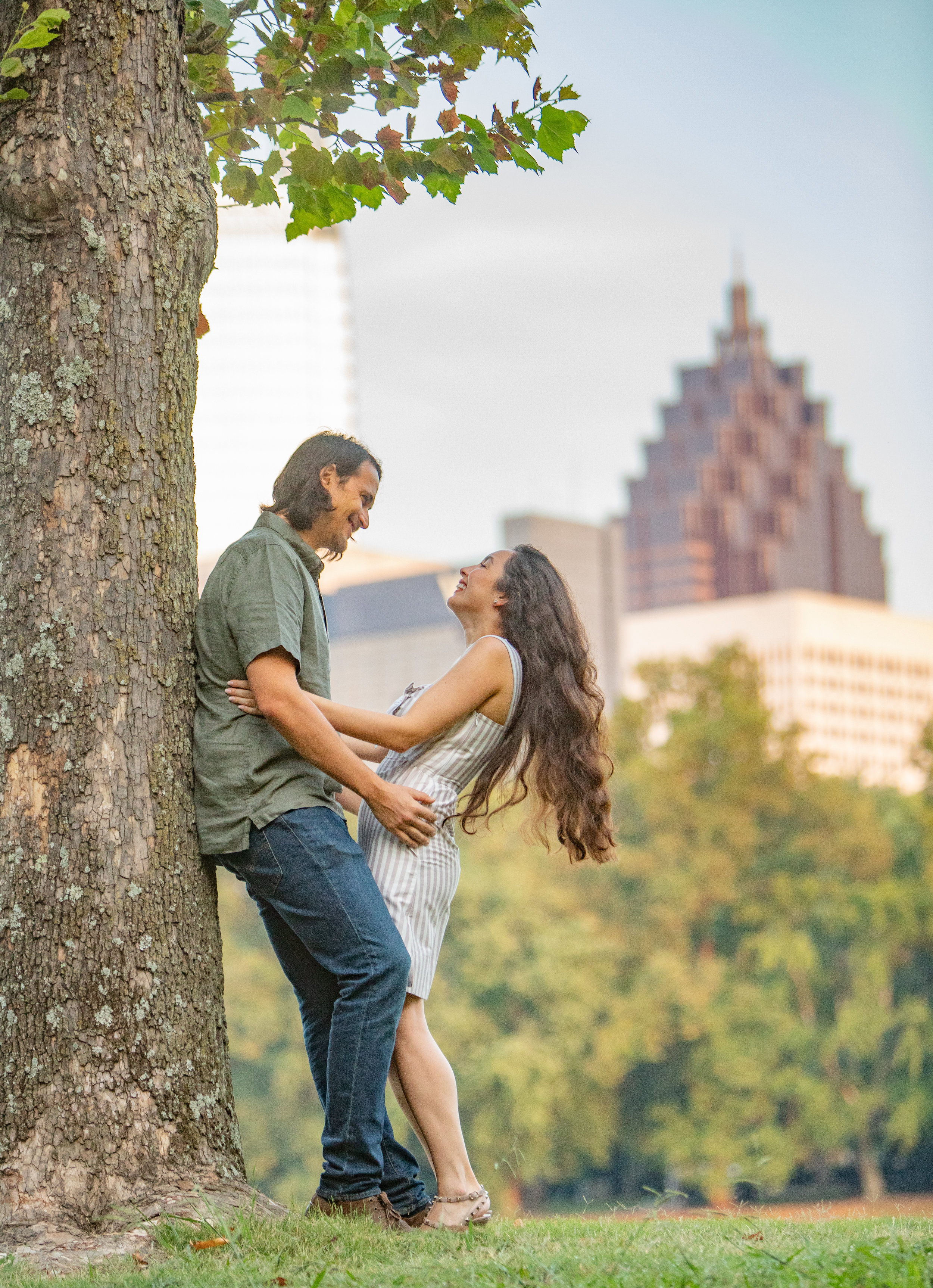 Piedmont Park Engagement Session by the Atlanta Wedding Photographers at AtlantaArtisticWeddings