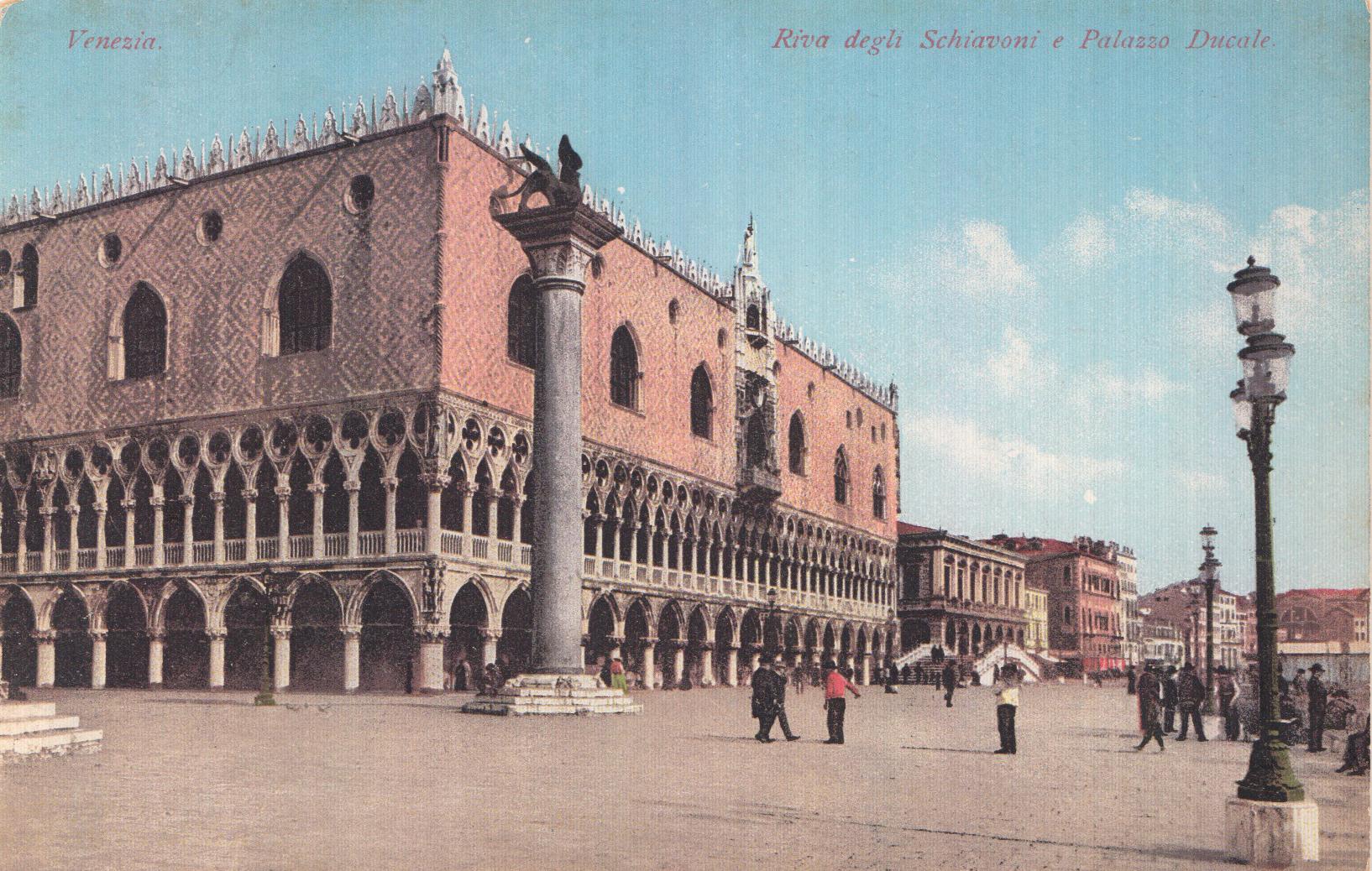 ladolcevigna-postcard-palazzo-ducale.jpg