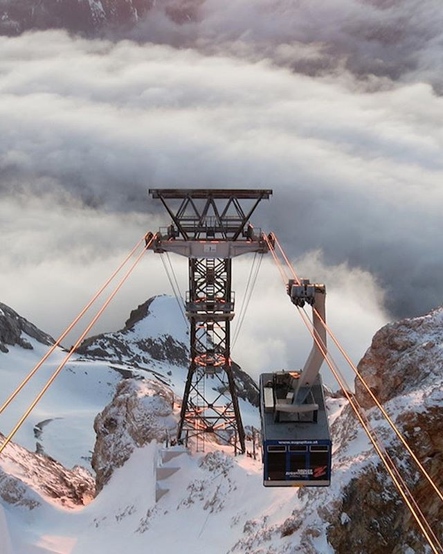 What a fascinating view from the top of @zugspitze.de #topofgermany #Zugspitze #tripadvisor #travellingthroughtheworld #endofseason #winter #spring #2019 #View #petermckinnon #Lightroom #Adobe #VisitBavaria #Bayern #Travel #Mountain #Alps #panorama