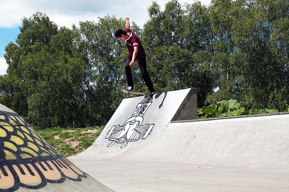 Alexander Loren - Bs Tailslide.   Foto Kelly Evertsson