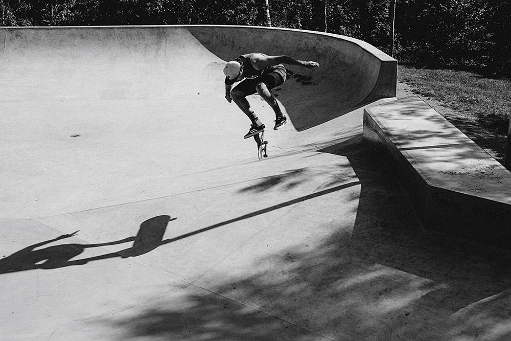 Emre Yercok - Nollie Inward Heel. Foto Martin Hallberg