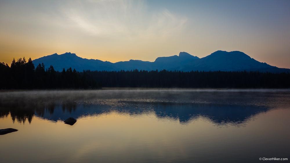 Pre-dawn view over V Lake