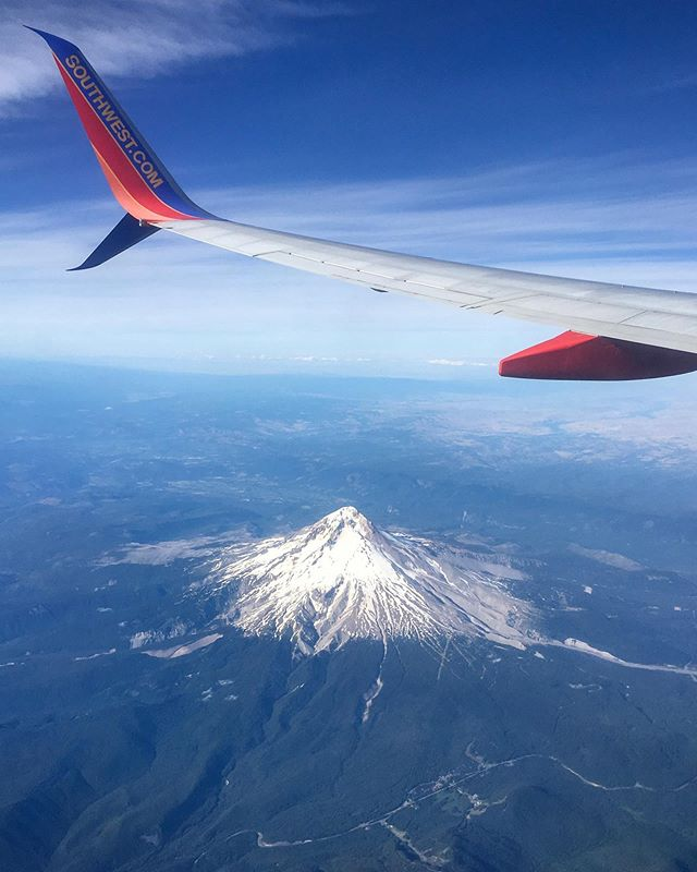 Outdoor Retailer here we come!  PDX ➡️DEN #mthood