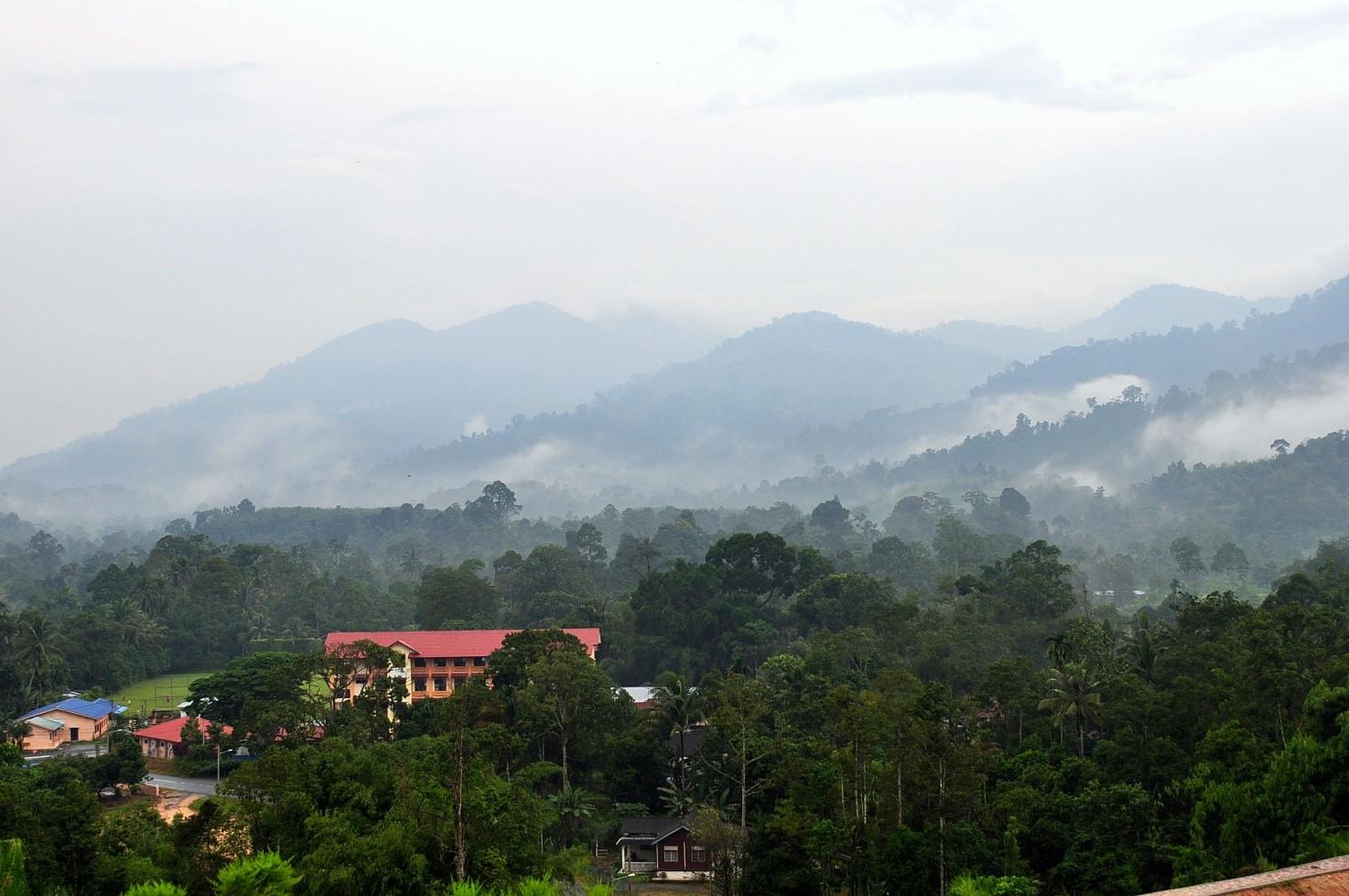A view of the misty Banjaran Titiwangsa from Janda Baik in the early morning