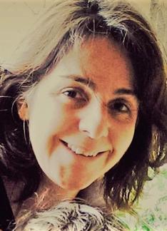 Helga Mendoza - Artistic Director