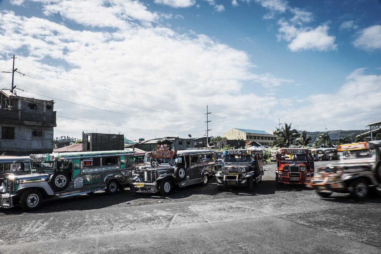 Filipino Jeepneys - commuting cultures2.jpg
