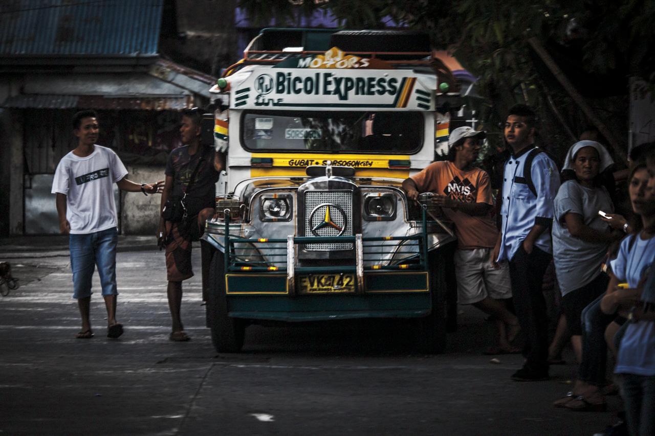 Filipino Jeepneys - commuting cultures3.jpg