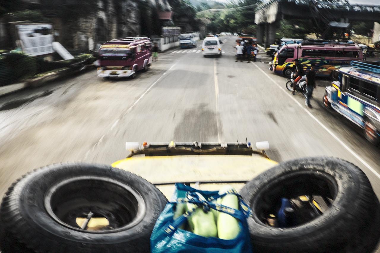 Filipino Jeepneys - commuting cultures7.jpg