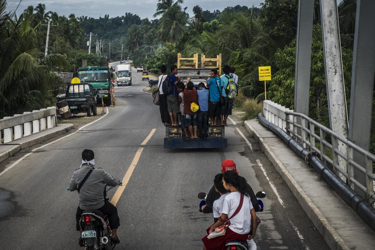Filipino Jeepneys - commuting cultures8.jpg