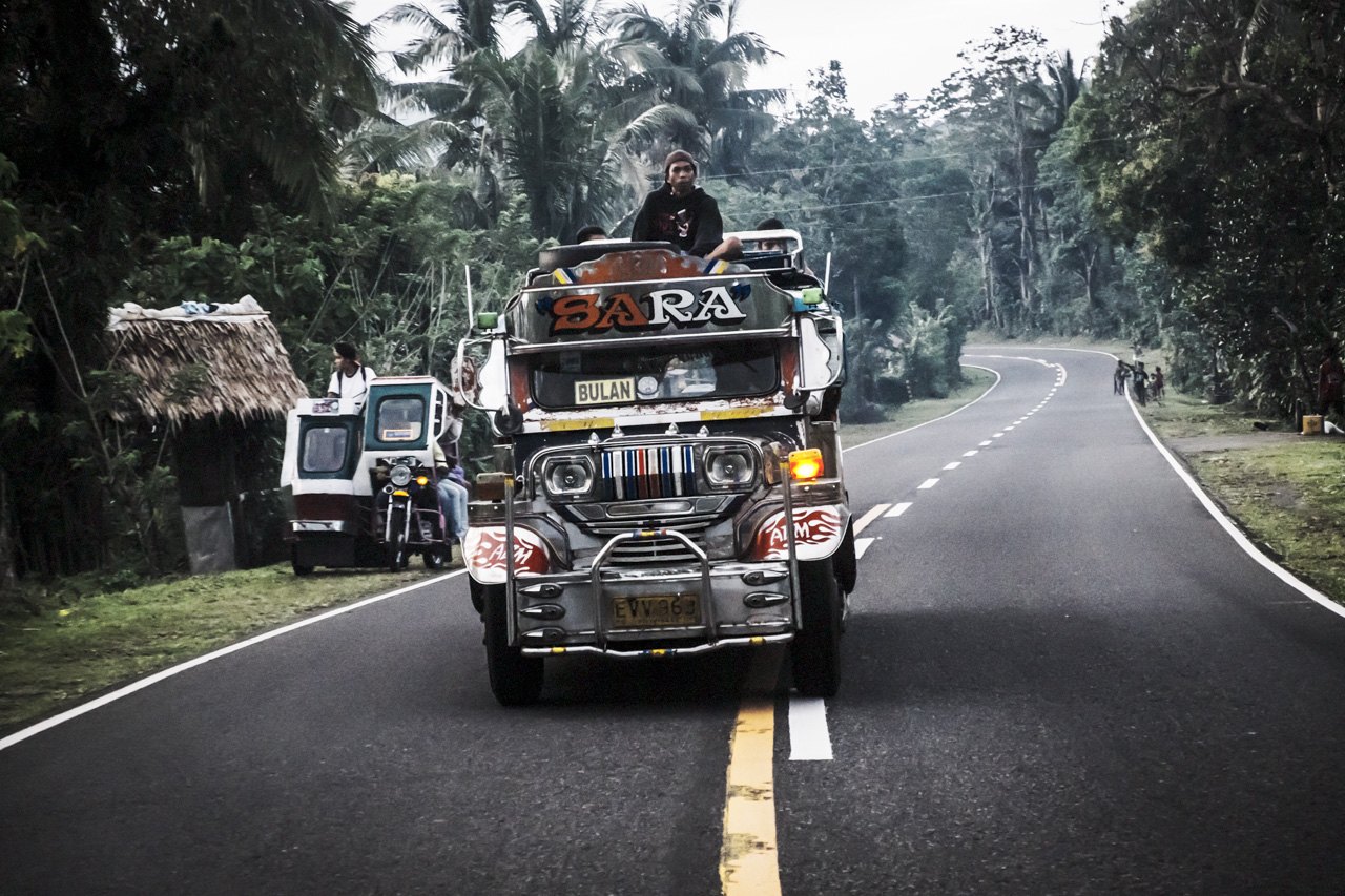 Filipino Jeepneys - commuting cultures9.jpg