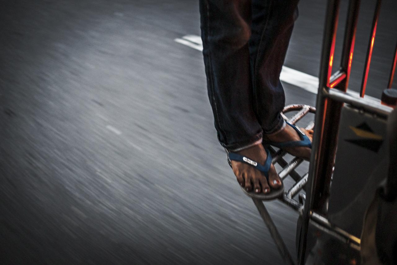 Filipino Jeepneys - commuting cultures15.jpg